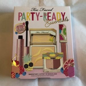 Too Faced Party Ready Essentials
